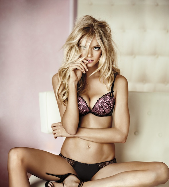 Lindsay Ellingson Gets Gorgeous