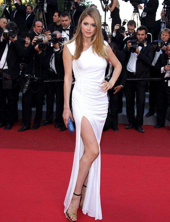 doutzen-kroes-cannes-2011-pucci-dress