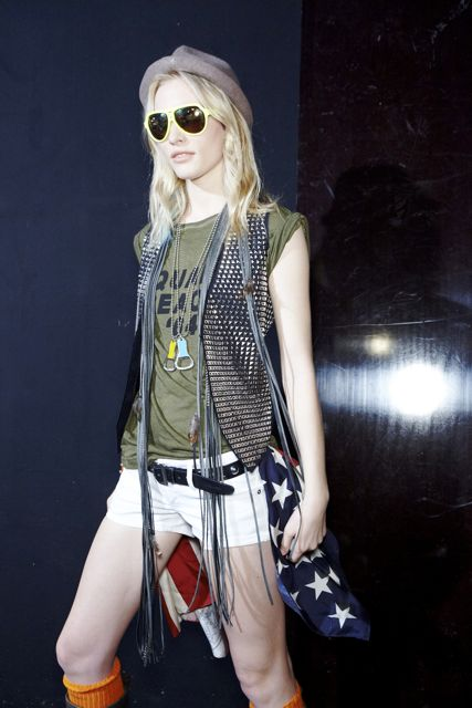 Emily Baker backstage DSquared2 Spring Summer 2012 Collection Milan Fashion Week