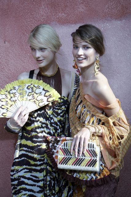 Patricia van der Vliet and Bette Franke backstage Missoni Spring Summer 2012 Collection