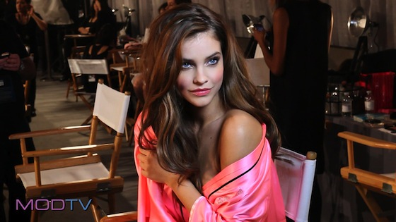 Victoria's Secret Fashion Show 2012 barbara-palvin-backstage-MODTV