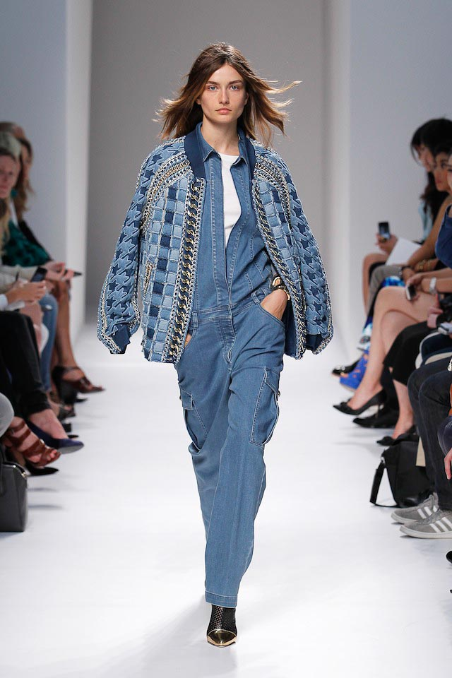 Andrea Diaconu walks the Balmain Spring 2014 fashion show