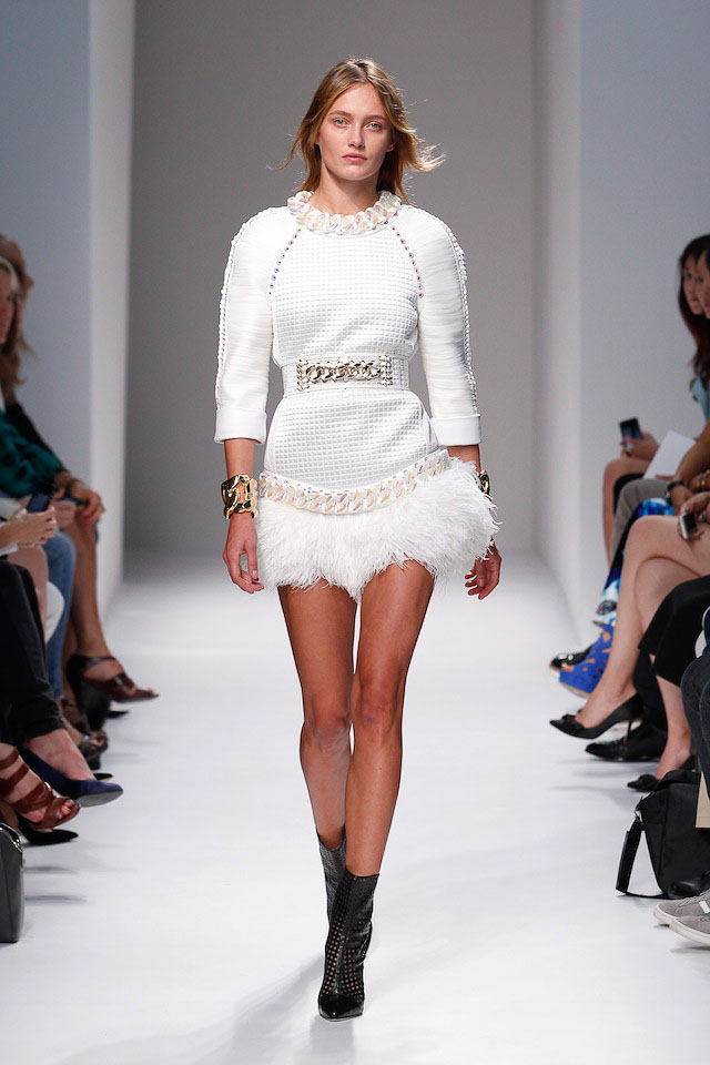 Karmen Pedaru walks the Balmain Spring 2014 fashion show