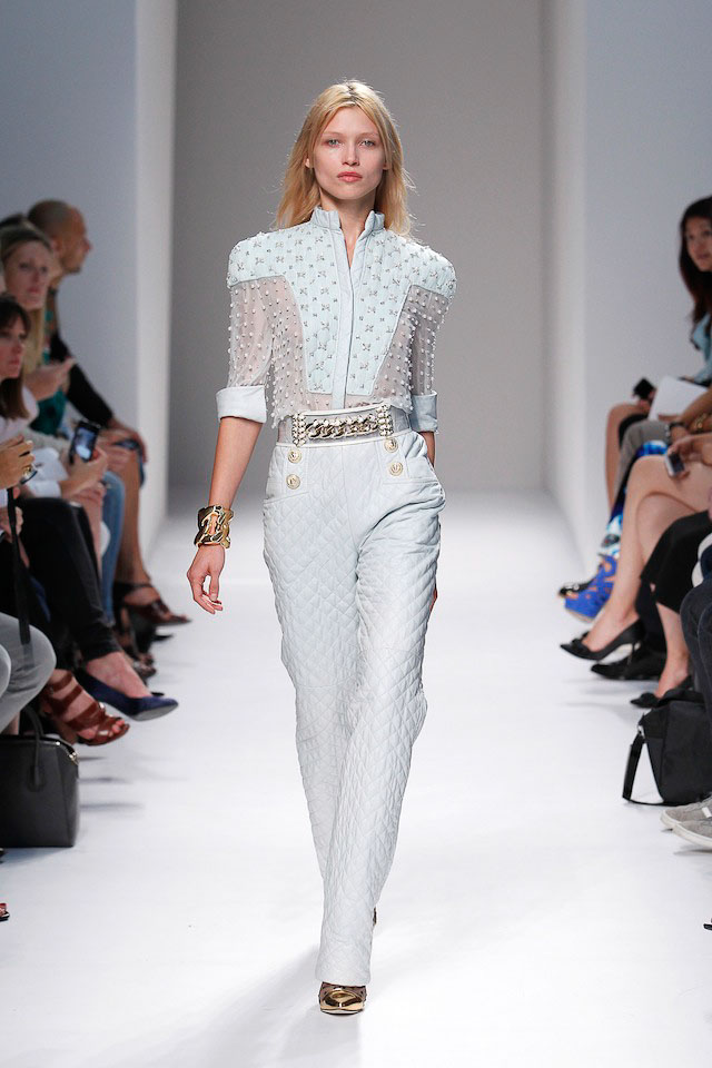 Hana Jirckova walks the Balmain Spring 2014 fashion show