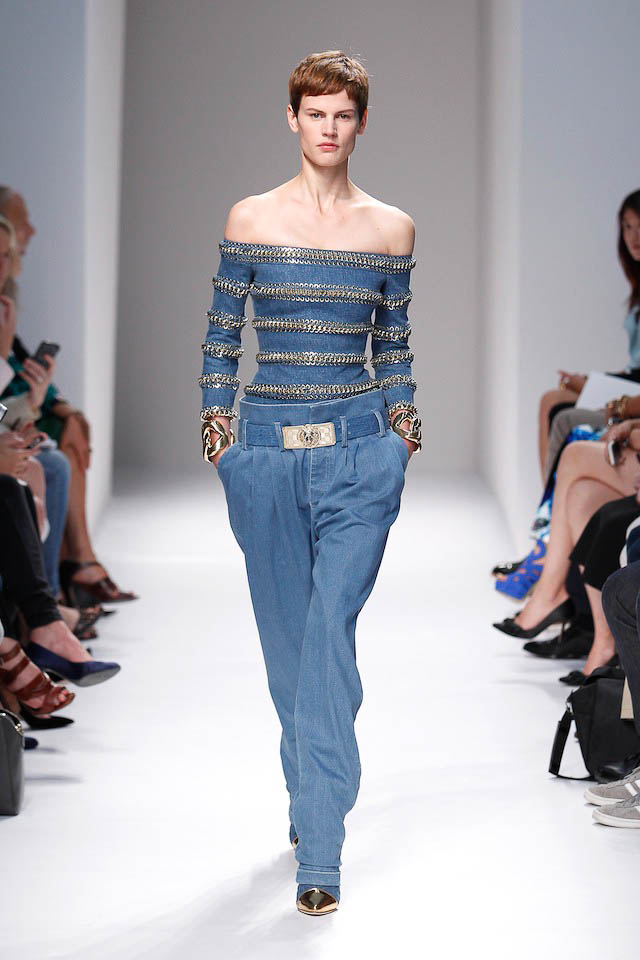 Saskia de Brauw walks the Balmain Spring 2014 fashion show