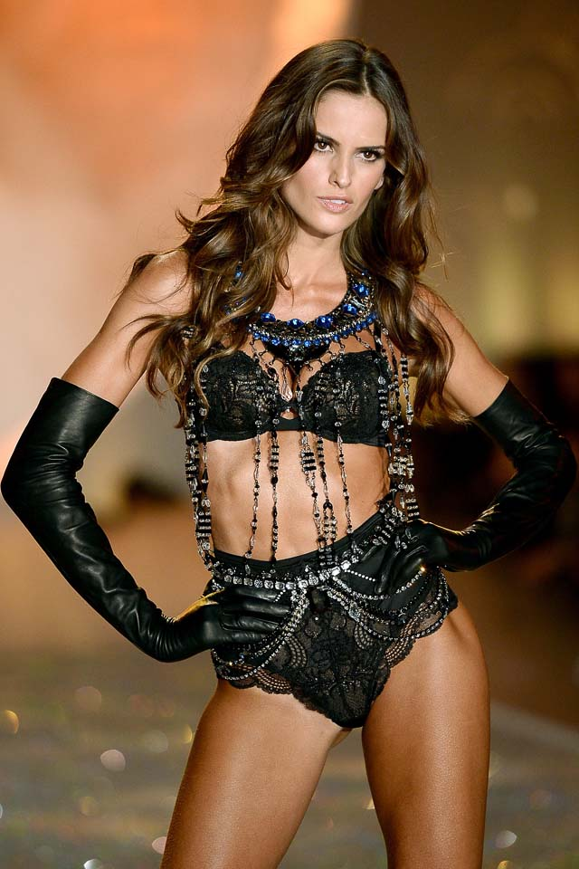 Isabel Goulart wears black lingerie, Victoria's Secret 2013 Fashion Show