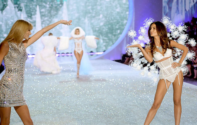 Taylor Swift and Lily Aldridge Victoria's Secret 2013 fashion show